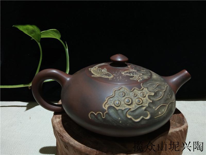广西坭兴陶茶壶浮雕